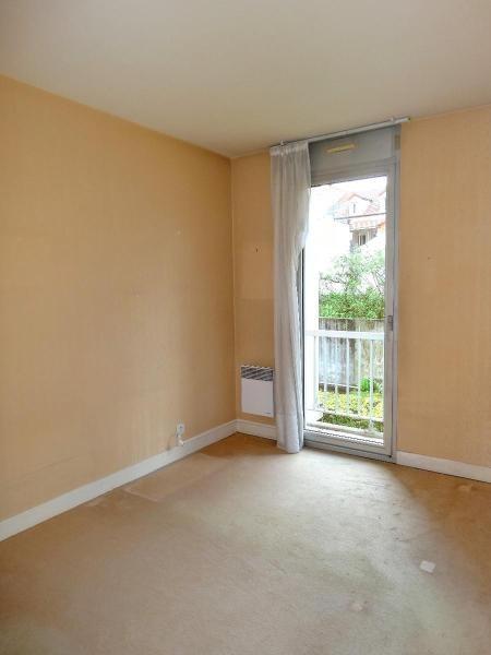 Sale apartment Vichy 70200€ - Picture 2