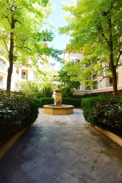 Deluxe sale apartment Aix en provence 1 030 000€ - Picture 9