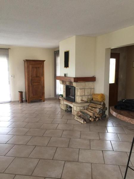 Location maison / villa Bellenaves 700€ CC - Photo 2