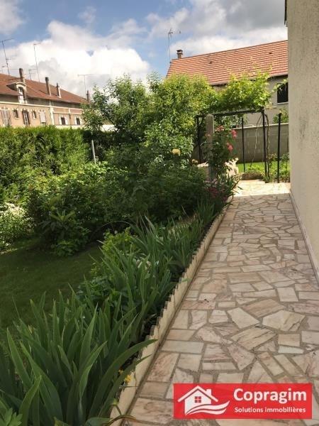 Sale house / villa Montereau fault yonne 255000€ - Picture 2