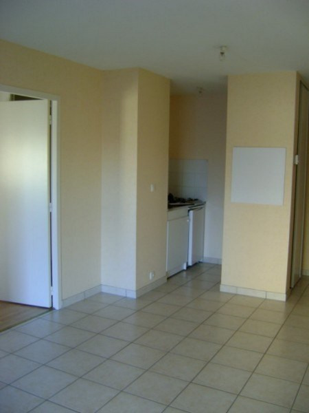 Location appartement Rodez 384€ CC - Photo 2