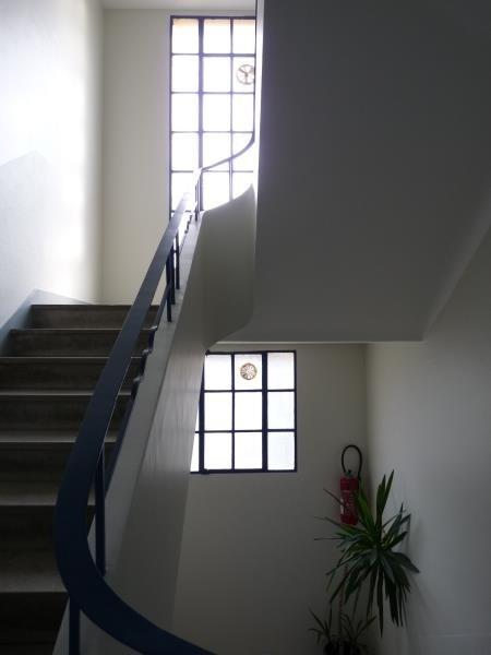 Rental apartment Aix en provence 1300€ CC - Picture 2