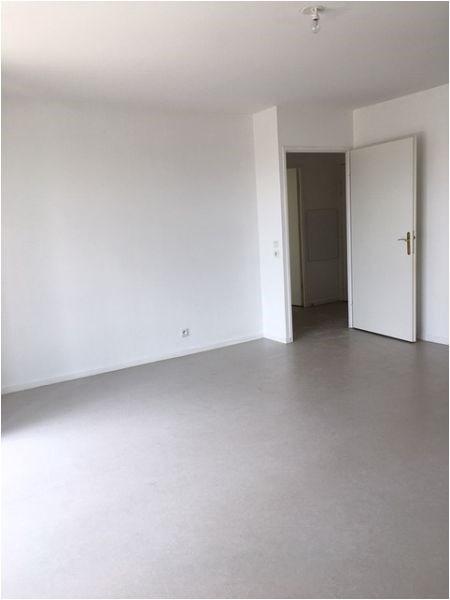 Location appartement Vigneux sur seine 928€ CC - Photo 2