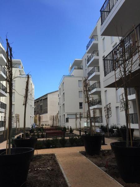 Location appartement Lyon 7ème 779€ CC - Photo 1