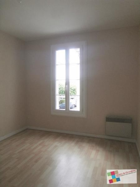 Location maison / villa Matha 490€ +CH - Photo 4