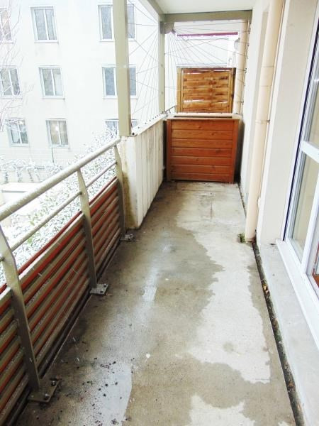 Rental apartment Saint-denis 795€ CC - Picture 4