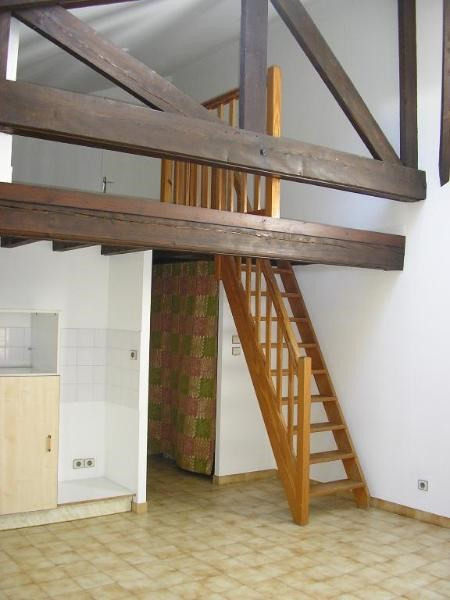 Location appartement Nantua 406€ CC - Photo 2