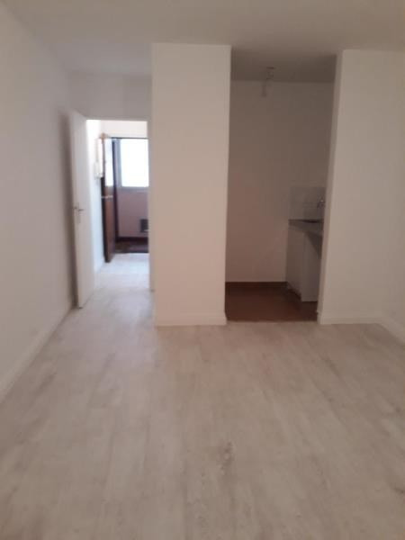 Location appartement Livry gargan 580€ CC - Photo 2