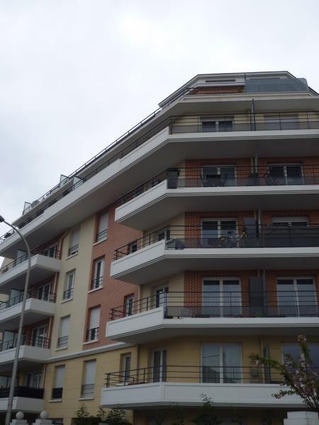 Rental apartment Rosny sous bois 625€ CC - Picture 1