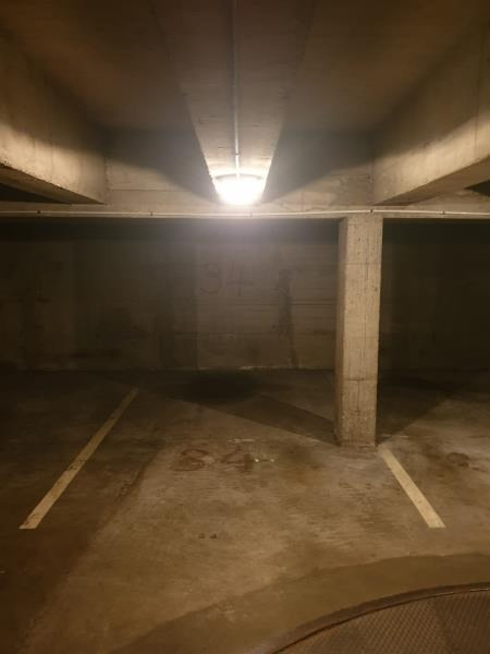 Location parking Paris 16ème 180€ CC - Photo 2