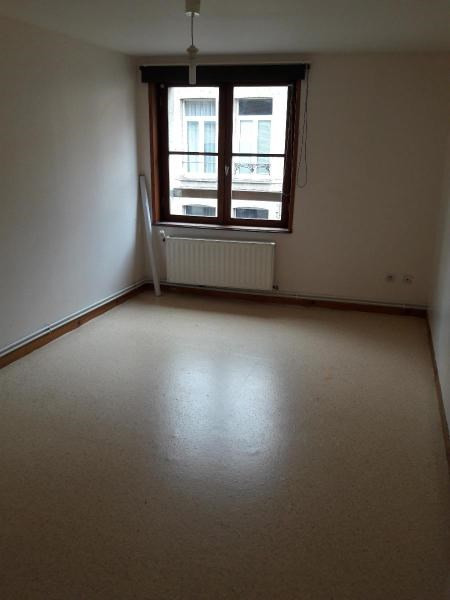 Location appartement Saint omer 435€ CC - Photo 2