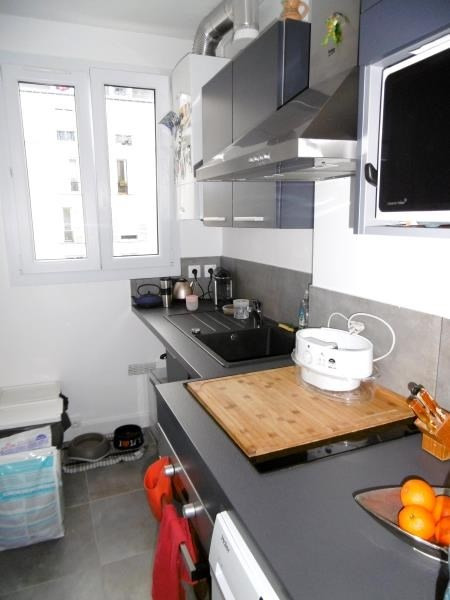 Rental apartment Levallois 1495€ CC - Picture 3