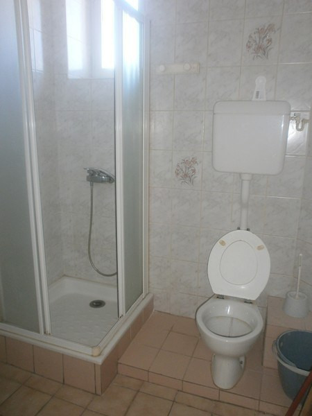 Location appartement Rodez 416€ CC - Photo 4