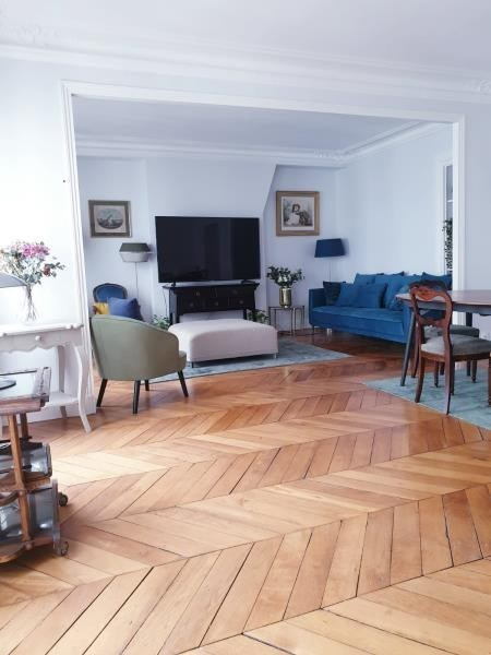 Rental apartment Paris 8ème 3 200€ CC - Picture 2