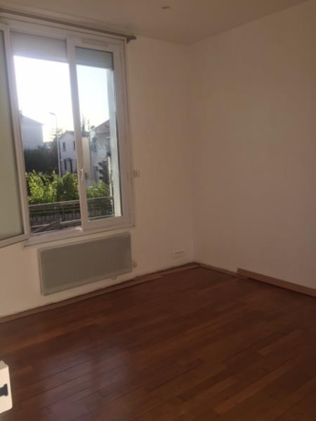 Rental house / villa Nanterre 1 700€ CC - Picture 3