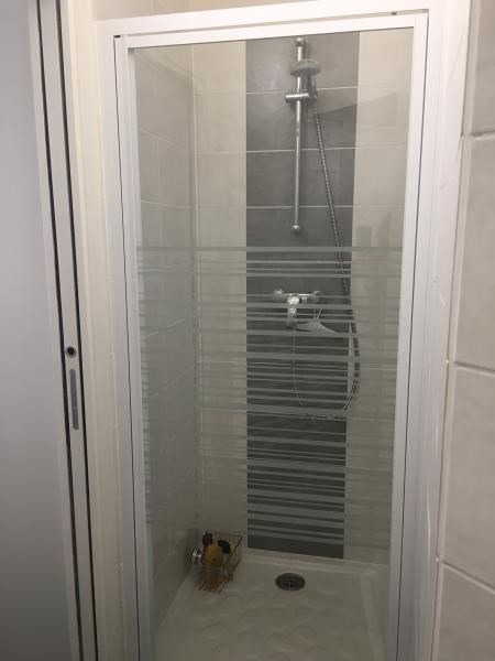 Location appartement Paris 3ème 1 250€ CC - Photo 3