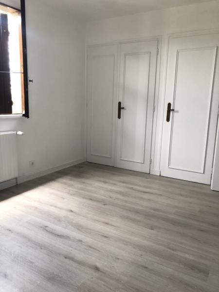 Rental apartment St romain en gal 750€ CC - Picture 3