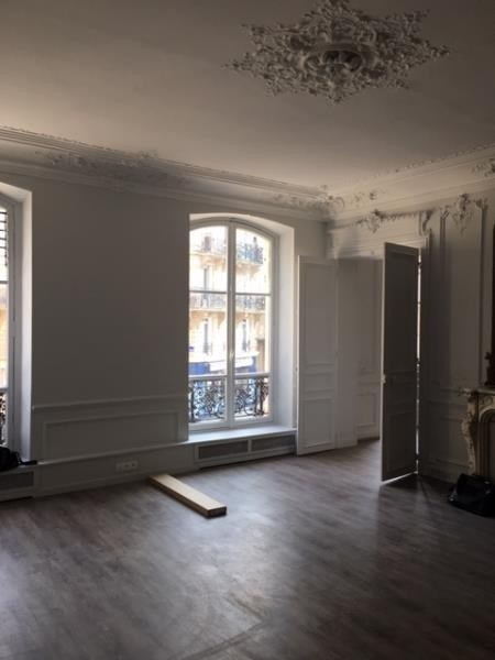 Location bureau Paris 10ème 10 000€ HT/HC - Photo 3