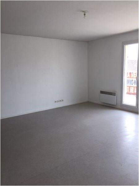 Location appartement Vigneux sur seine 928€ CC - Photo 8