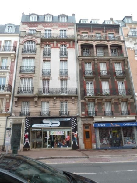 Rental apartment Le raincy 820€ CC - Picture 1