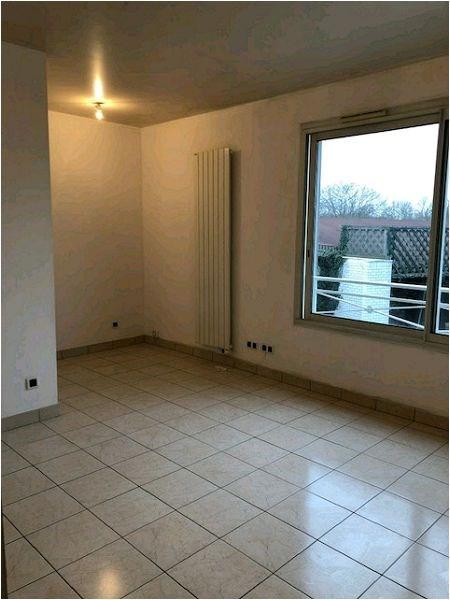Rental apartment Crosne 634€ CC - Picture 3