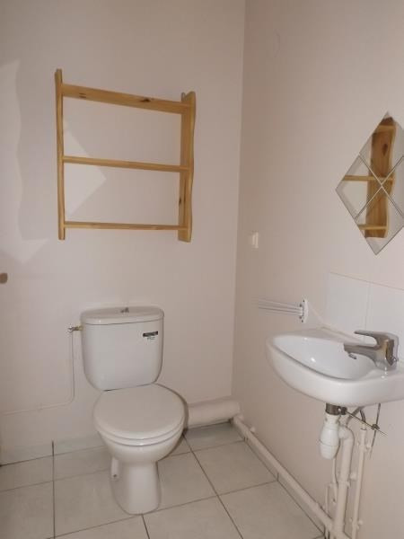 Rental apartment Lamorlaye 620€ CC - Picture 6