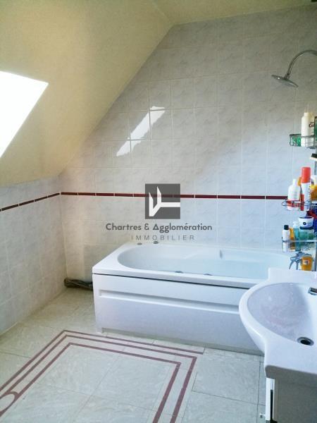 Sale house / villa Bailleau l eveque 205500€ - Picture 6