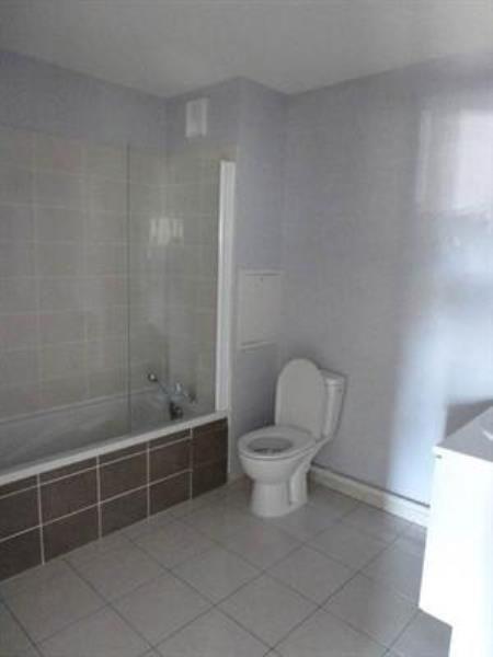 Sale apartment L'isle d'abeau 99000€ - Picture 4