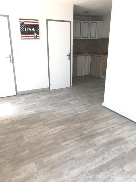 Sale apartment Peypin 110000€ - Picture 1