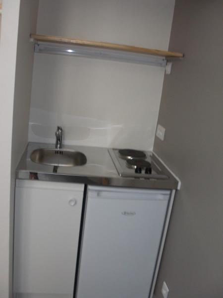 Location appartement Poitiers 300€ CC - Photo 3