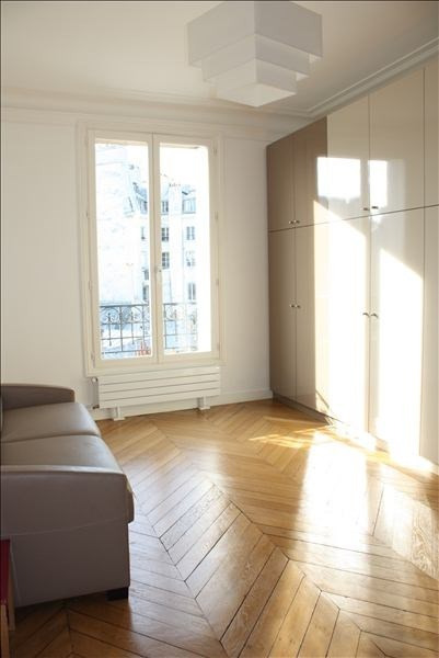 Deluxe sale apartment Paris 2ème 1 442 000€ - Picture 4