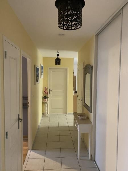 Sale apartment St romain en gal 260000€ - Picture 4