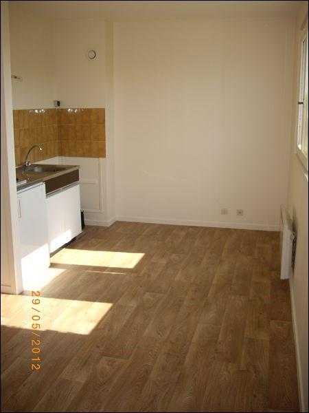 Rental apartment Villemoisson sur orge 472€ CC - Picture 2