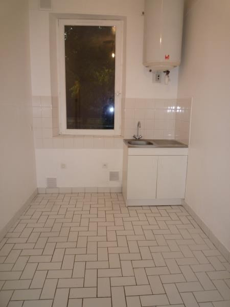 Location appartement Villemomble 520€ CC - Photo 3