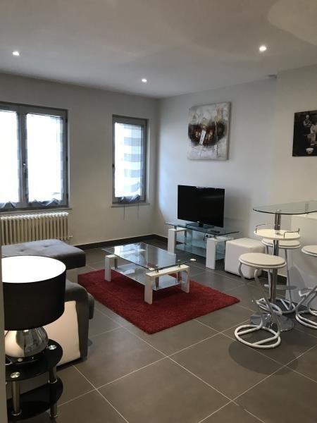 Location appartement Lyon 6ème 1053€ CC - Photo 1