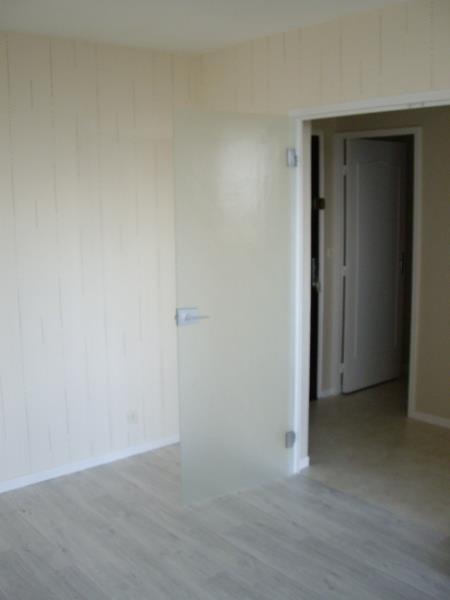 Location appartement Roanne 417€ CC - Photo 4