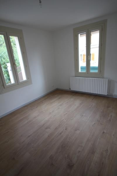 Location appartement Chedde 548€ CC - Photo 3