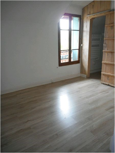 Rental apartment Athis mons 663€ CC - Picture 3