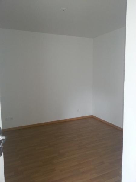 Rental apartment St etienne 660€ CC - Picture 4