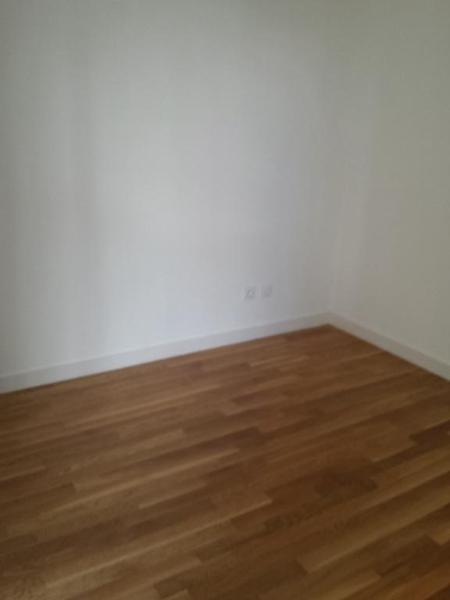 Rental apartment Lyon 8ème 705€ CC - Picture 3
