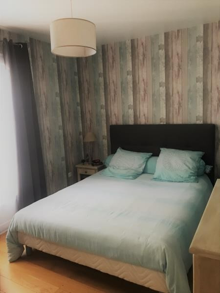Vente maison / villa St germain du puch 399000€ - Photo 5