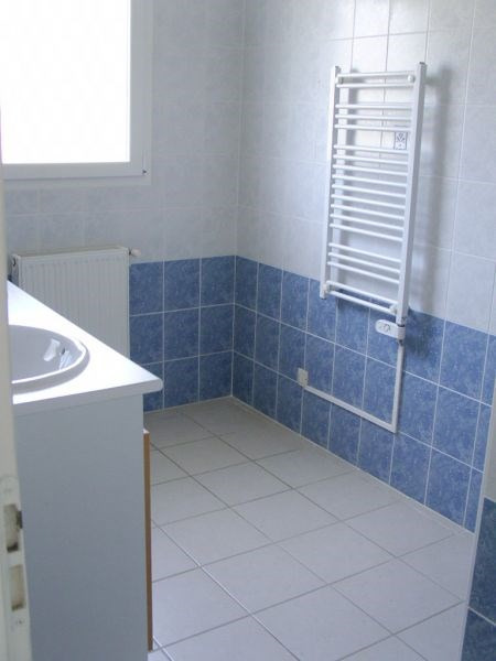 Location maison / villa Cazeres sur l adour 683€ CC - Photo 5