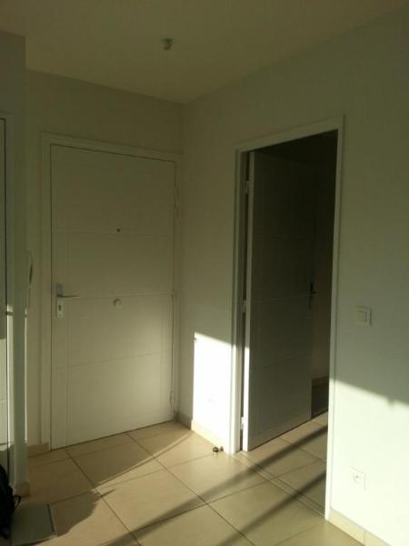 Location appartement Lyon 8ème 1141€ CC - Photo 8