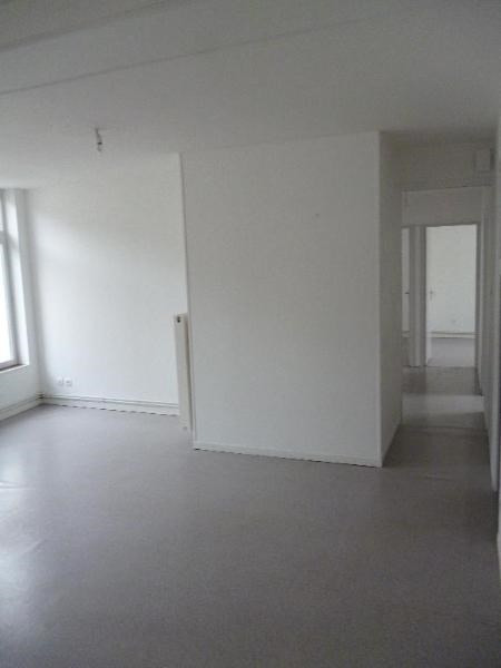 Location appartement Aire sur la lys 512€ CC - Photo 4