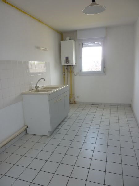 Location appartement Pontivy 437€ CC - Photo 3