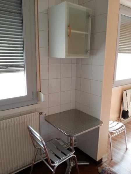 Location appartement Roanne 355€ CC - Photo 4