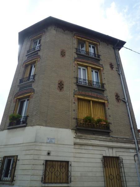 Rental apartment Villemomble 740€ CC - Picture 1