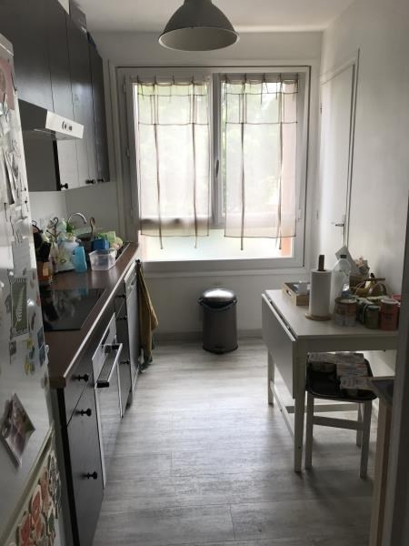 Location appartement Villepreux 880€ CC - Photo 2