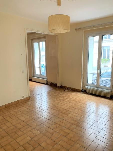 Sale apartment Paris 18ème 410000€ - Picture 1