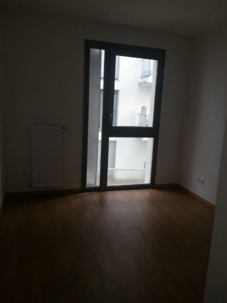 Rental apartment St etienne 660€ CC - Picture 3